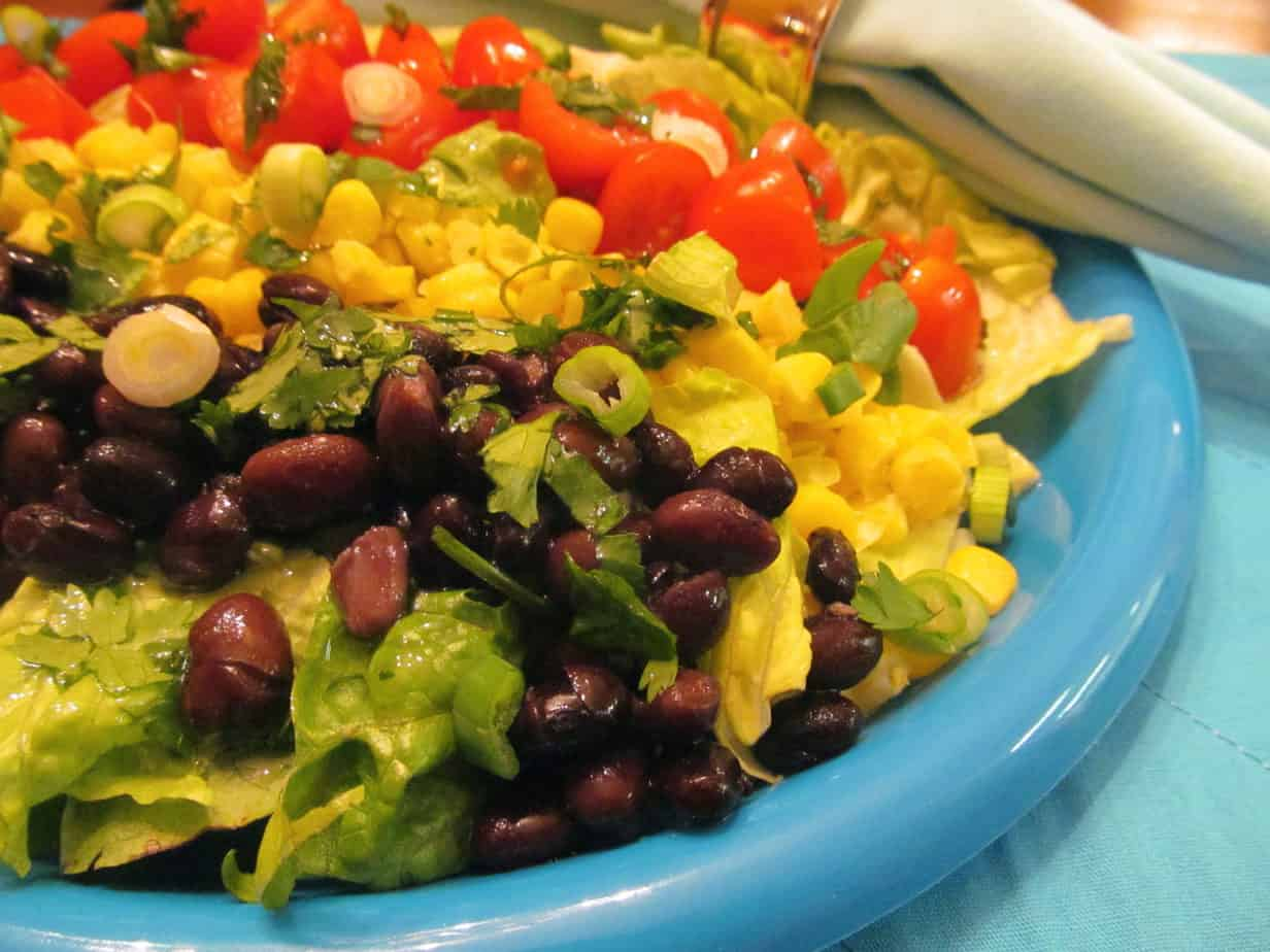 Southwest Cobb Salad: Healthy and Delicious!