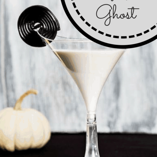 White Halloween cocktail, white cocktail with milk, licorice cocktail, white drink for Halloween party, white drink that tastes like licorice, licorice drink for Halloween party, Halloween party drinks, ghost drinks, white Halloween drink