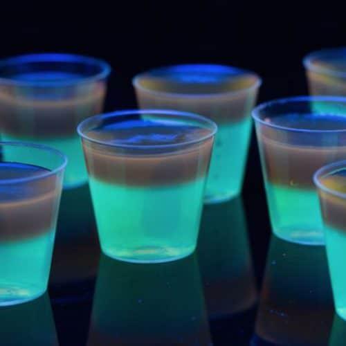 glow in the dark jello shots, jello shots for Halloween, glow in the dark shots for parties, glow in the dark shots, shots for Halloween parties, drinks for Halloween parties